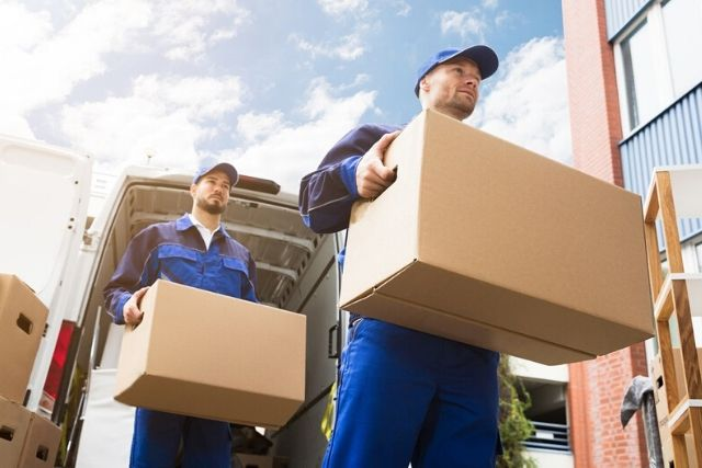 6 Reasons You Need to Hire Pros for Your Next Cross-Country Move